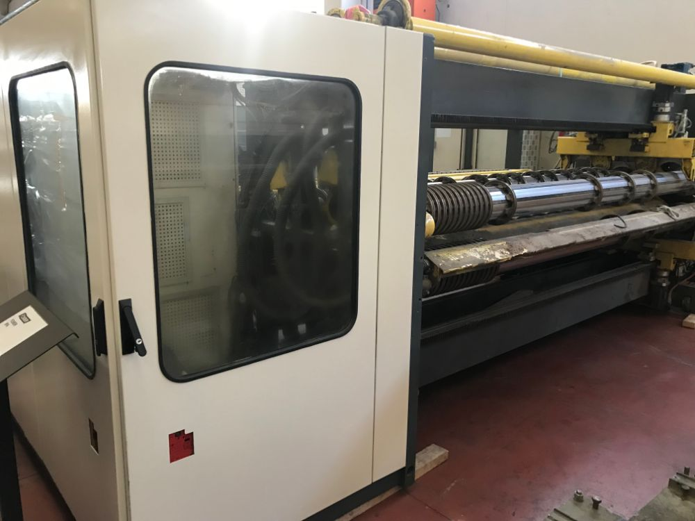 Fosber Twin 400 Slitter-scorer w/ auxiliary score station, bottom slitting