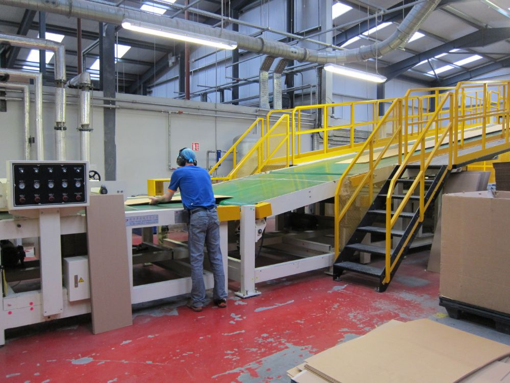 Conveyors for Corrugator Products