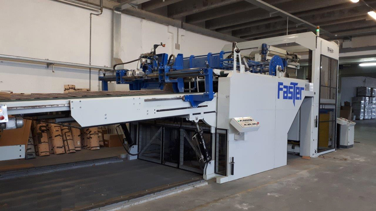 TENACE FASTER AUTOMATIC PRE-FEEDER ADAPTABLE TO ANY CASEMAKER OR SLOTTER WITH TOP PRINTING WIDTH 2500 MM.